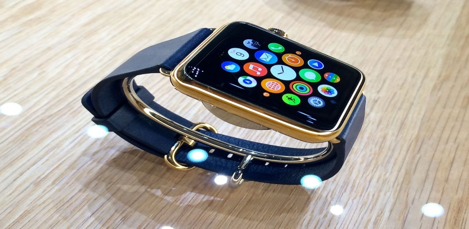 Do We Need Luxury Smart Watches3